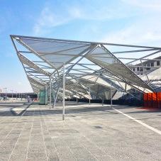 Il piazzale della Stazione centrale