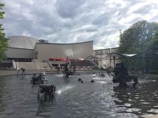 Il Teatro e la fontana Tinguely