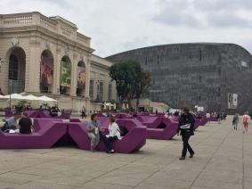 La piazza tra i musei del MQ