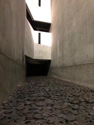 Foglie Cadute nel Museo Ebraico