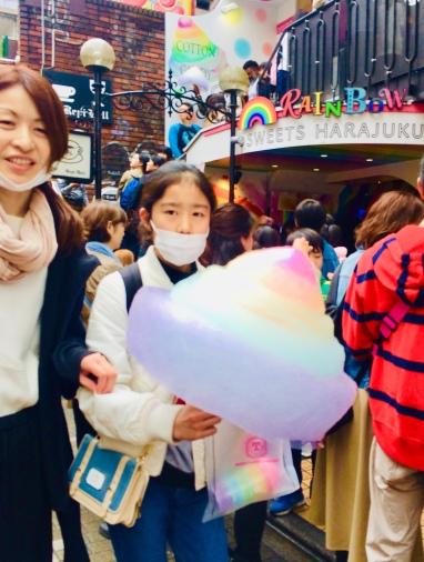 I colori accessi e la vitalità di Takeshita Dori